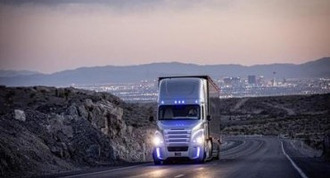 Freightliner Inspiration Truck: una world première da Guinness World Records™
