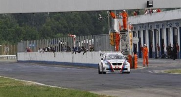 ACI Sport, Italiano Turismo Endurance: Valli-Montalbano (BMW E90 3.2) vincono Gara 2 davanti a Valentina Albanese (Leon Racer)