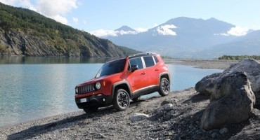 """Jeep Renegade è stato eletto """"4×4 dell'anno 2015"""" in Francia"""