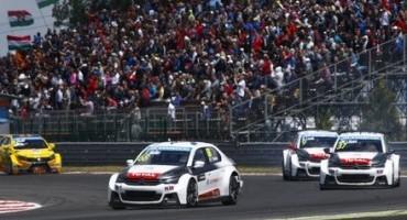 WTCC allo Slovakia Ring: colpaccio di Yvan Muller in Gara 1 mentre Sébastien Loeb torna alla vittoria nella seconda manche