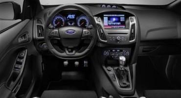 Ford svela la potenza della nuova Focus RS, sotto il cofano dell'ultima hatchback della Casa, ben 350 cavalli