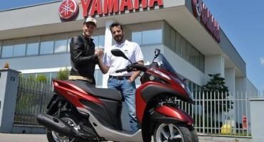 Yamaha Tricity, il rivoluzionario tre ruote Yamaha scelto dal famoso chef Simone Rugiati