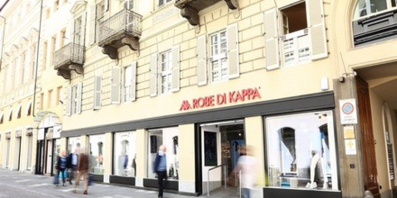 first rate bc0c2 c0d2b A Torino Robe di Kappa® inaugura il nuovo flagship store ad ...