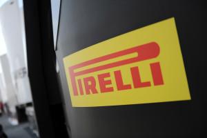 pirelli-pronta-ad-affrontare-il-nuovo-asfalto-del-circuito-di-misano-con-due-nuove-soluzioni-posteriori-per-la-classe-superbike-e-una-per-la-classe-supersport-pirelli-ambience-2