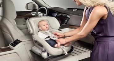 """Volvo Cars, un nuovo tocco di classe con il prototipo di seggiolino per bambini """"Excellence"""""""
