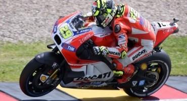 MotoGP 2015, Sachsenring, Ducati Team: Iannone terzo e Dovizioso decimo al termine della prima giornata di prove libere