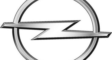 Nuova Opel Astra, lusso e leggerezza nella classe delle compatte