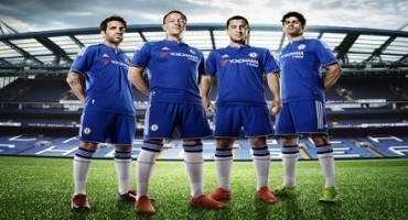 Yokohama, il Chelsea svela la nuova maglia con il logo del produttore di pneumatici