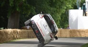 Nissan Juke Nismo RS e Terry Grant:stabilito il nuovo record su due ruote