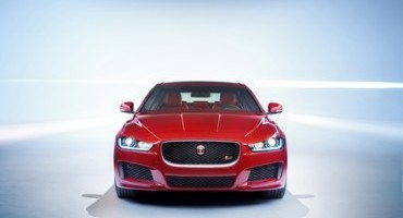 Jaguar XE and All-new XF Triumph at Auto Express Awards