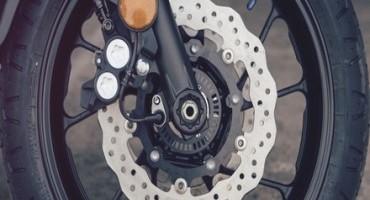 Yamaha sceglie i nuovi Pirelli PHANTOM™ Sportscomp per la sua XSR700