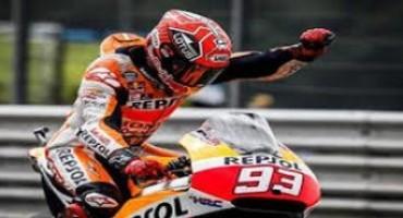 Moto GP, Red Bull Indianapolis Grand Prix : Marquez vince di forza su Lorenzo, Rossi è terzo ma è ancora leader del mondiale