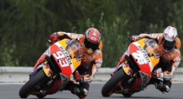 MotoGP 2015, second for Marquez in Brno with injured Pedrosa on third row