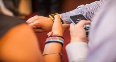 Orologi: Touch Zero One di Swatch, cinque nuovi modi per emozionare
