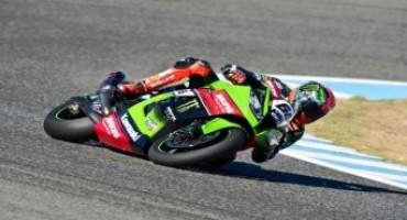 WSBK, Tissot-Superpole: Tom Sykes conquista la pole a Jerez e stabilisce il nuovo record della pista
