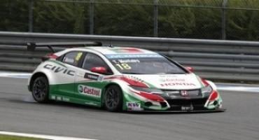 FIA WTCC, Gara 2: successo della Honda sulla pista di casa, grazie alla vittoria di Tiago Monteiro