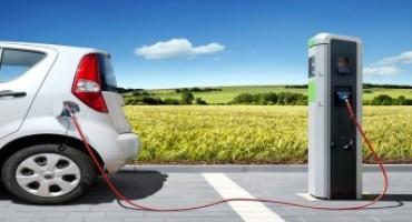 Auto elettriche: le ragioni per cui conviene acquistarle