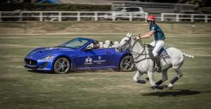 Malcolm Borwick racing against the Maserati GT convertible