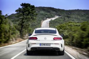 Mercedes-AMG C 63 S Coupé (C 205) 2015; Exterieur: designo diamantweiß bright, Night Paket exterior: designo diamond white bright, night package