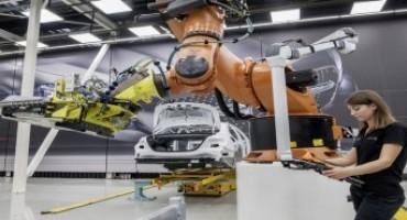 Mercedes-Benz, l'industria 4.0 non è solo una visione