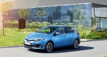 """Toyota Hybrid, """"Il test della verita"""" negli outlet Mc Arthur Glen"""