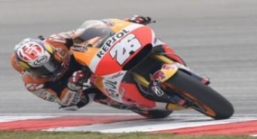MotoGP, Sepang: Pedrosa sigla la pole e il nuovo record della pista, 3° Rossi davanti a Lorenzo