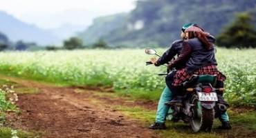 Luna di miele in moto: avventura e divertimento assicurati!