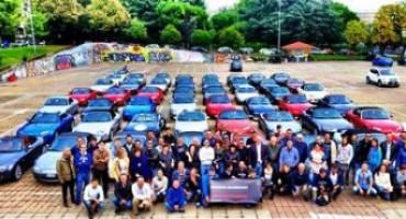 """Mazda, la roadster MX-5 coinvolge oltre 1.200 fan in 60 città d'Italia: è """"Icons Celebration"""", il primo raduno diffuso al mondo"""