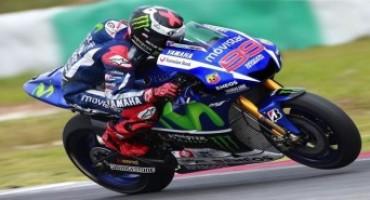 MotoGP- Motegi: la pole è di Lorenzo ma Rossi è lì
