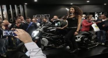 """EICMA 2015, il pubblico elegge la Ducati XDiavel """"moto più bella"""""""