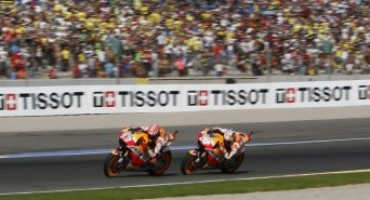 MotoGP 2015, Marquez and Pedrosa celebrate season finale with double podium finish