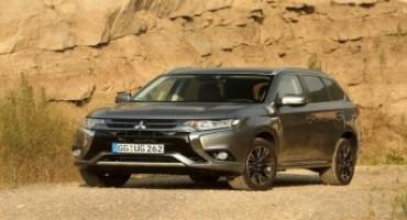 Mitsubishi presenta la nuova Outlander PHEV MY16