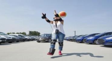 Ford crea 'Drug Driving Suit', la tuta che, una volta indossata, simula gli effetti degli stupefacenti