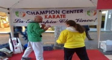 NeWage e A.S.D. Champion Center bloccano auto al Vomero