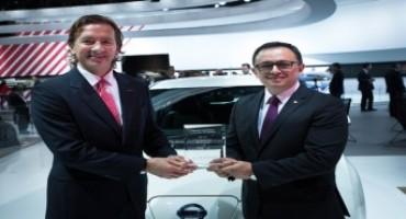 "Nissan, la LEAF viene eletta ""Electric Car of the Year"" dalla FIPA"