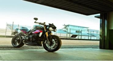 Triumph, sulla linea di partenza le nuove Speed Triple S e Speed Triple R