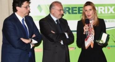 Nissan LEAF riceve il premio Green Prix 2016