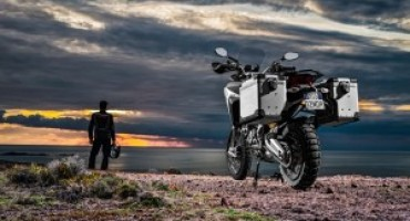 Ducati festeggia i 90 anni con un viaggio in moto intorno al Mondo