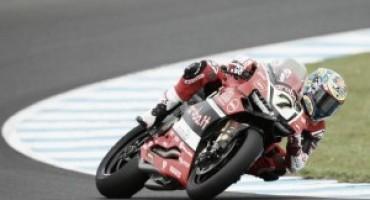 WSBK, sul circuito di Aragon Davis e la Ducati vincono Gara 1