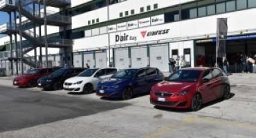 308 GTi by Peugeot Sport: Paolo Andreucci affianca i primi clienti della sportiva francese