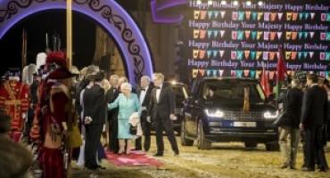 Jaguar Land Rover alla celebrazione per il 90° compleanno di Sua Maestà la Regina