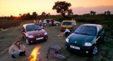 Renault Clio, la storia di un successo che dura da 25 anni