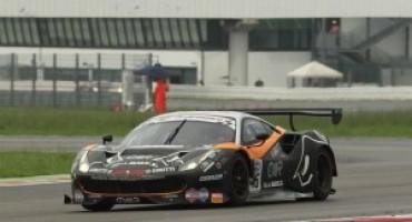 Campionato Italiano GT, emozioni e colpi di scena nel 3° round di Misano