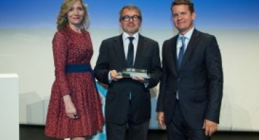 Groupe PSA premiato da Automotive News per l'attuazione del programma 'Back in the Race'