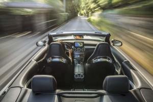 Mercedes-AMG C 63 S Cabriolet; Exterieur: designo kaschmirweiß magno; Interieur Leder Nappa AMG schwarz; Kraftstoffverbrauch kombiniert: 8,9 l/100 km; CO2-Emissionen kombiniert: 208 g/km; exterior: designo cashmere white magno; interior: AMG nappa leather black; fuel consumption combined: 8.9 l/100 km; CO2 emissions combined: 208 g/km