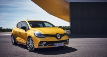 Nuova Renault Clio R.S. , si potrà scegliere fra tre diversi telai e due motorizzazioni