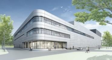 Porsche inaugura una nuova fabbrica per la produzione di motori a otto cilindri
