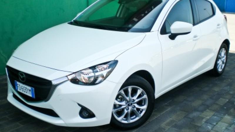 Mazda2 1.5d 105cv Skyactive Evolve, efficiente senza rinunciare al carattere