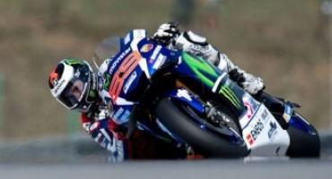 MotoGP – GP di San Marino, Jorge Lorenzo centra la pole ed il record della pista, secondo Rossi