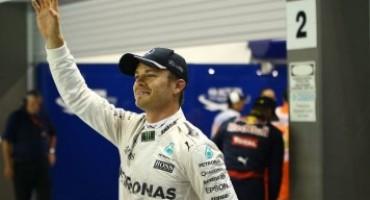 Formula 1 – GP Singapore, Nico Rosberg vince e conquista la vetta della classifica
